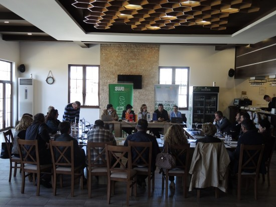 1. Contract signing for grantees in Prespa